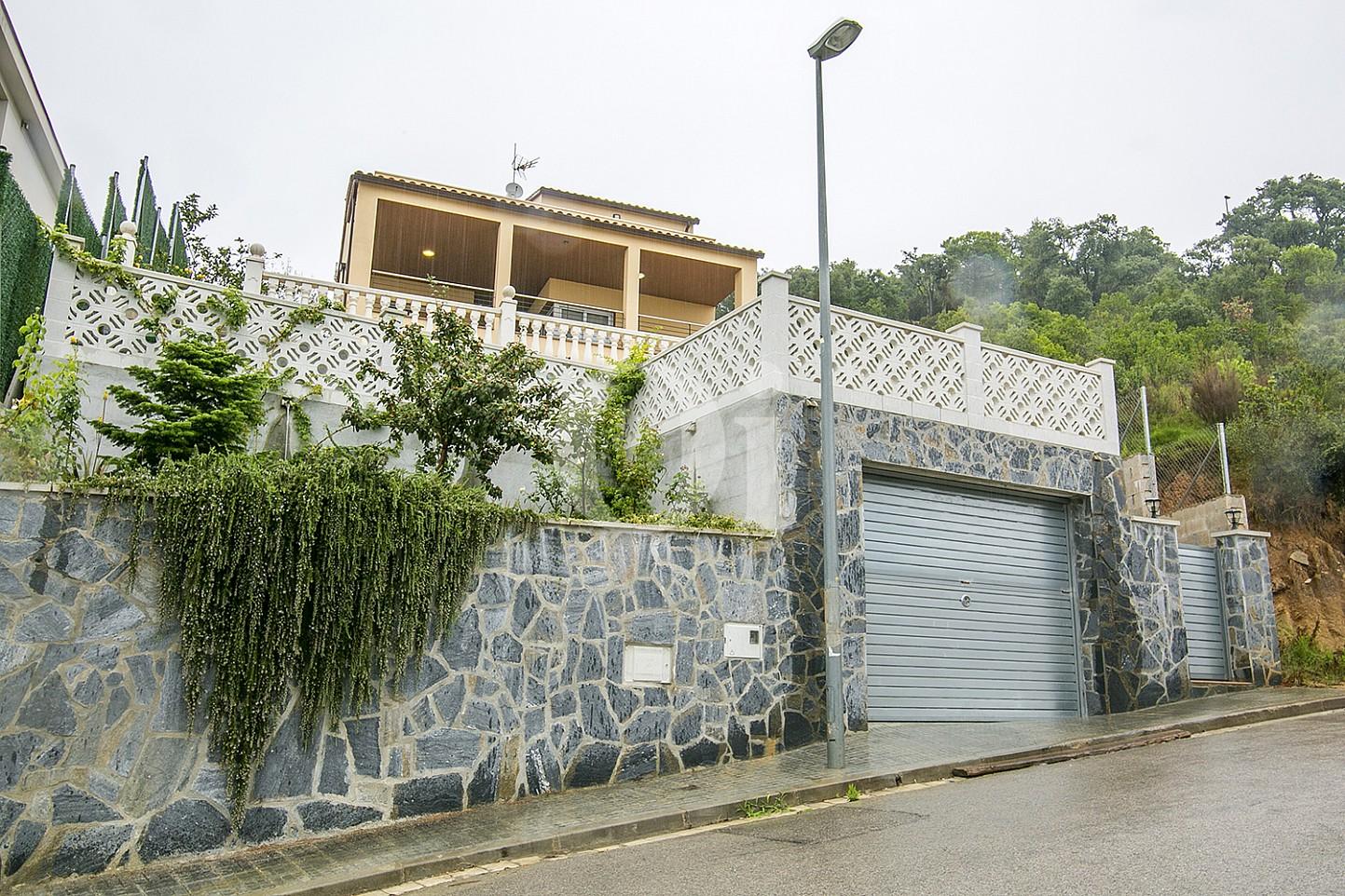 Haus mit Anblicken zum Verkauf in Lloret de Mar, Costa Brava