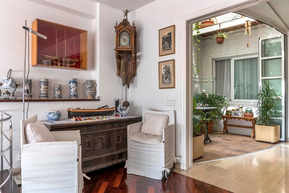 Дом на продажу в Грасиа, Барселона