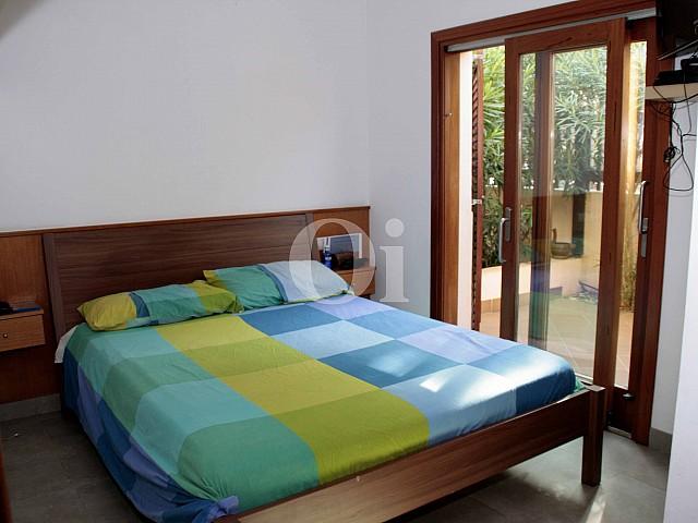Habitacion en fantástica adosada en venta en Ibiza
