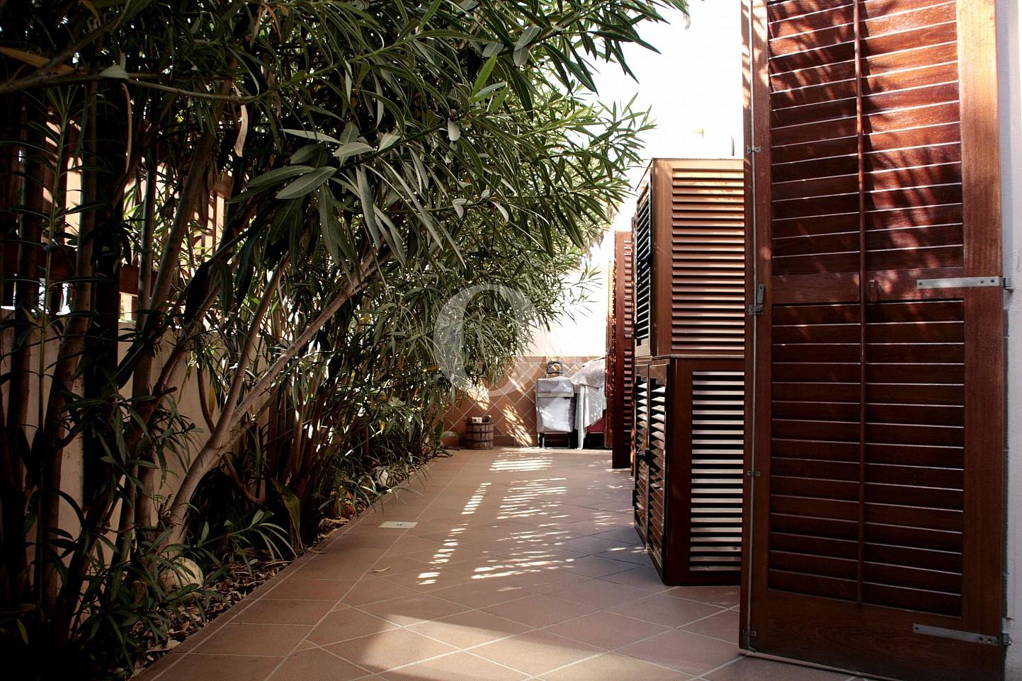 Hof  eines wunderbaren Reihenhauses zum Verkauf in Ibiza