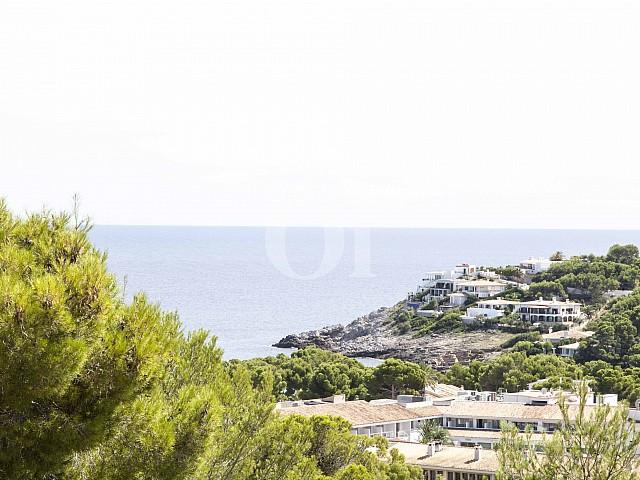Vista al mar en casa en venta en exclusivo residencial en Mallorca