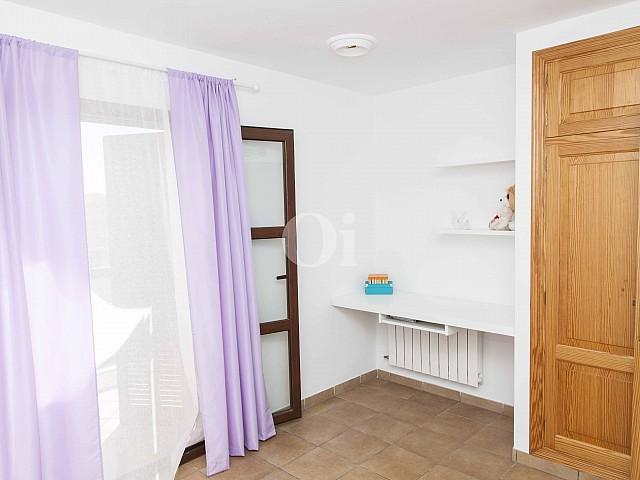 Одна из комнат в доме на продажу на Майорке