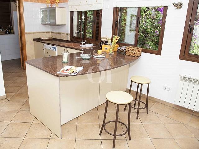 Cocina en casa en venta en exclusivo residencial en Mallorca