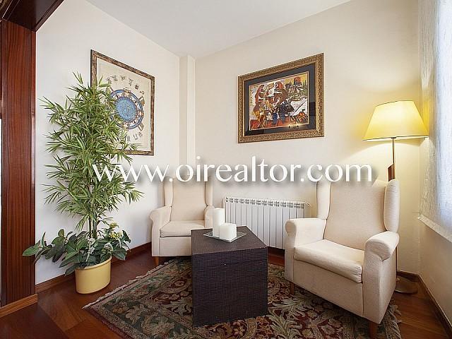 خانه برای فروش در لس کورتس، بارسلونا
