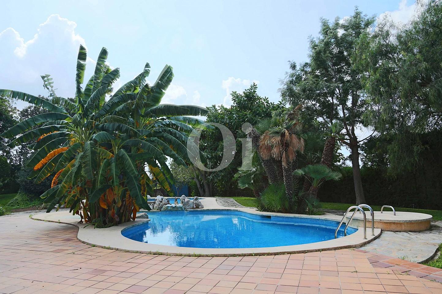 Swimming-Pool einer luxuriösen Villa zum Verkauf in San Lorenzo, Mallorca