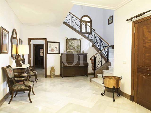 Recibidor de lujosa villa en venta en San Lorenzo, Mallorca