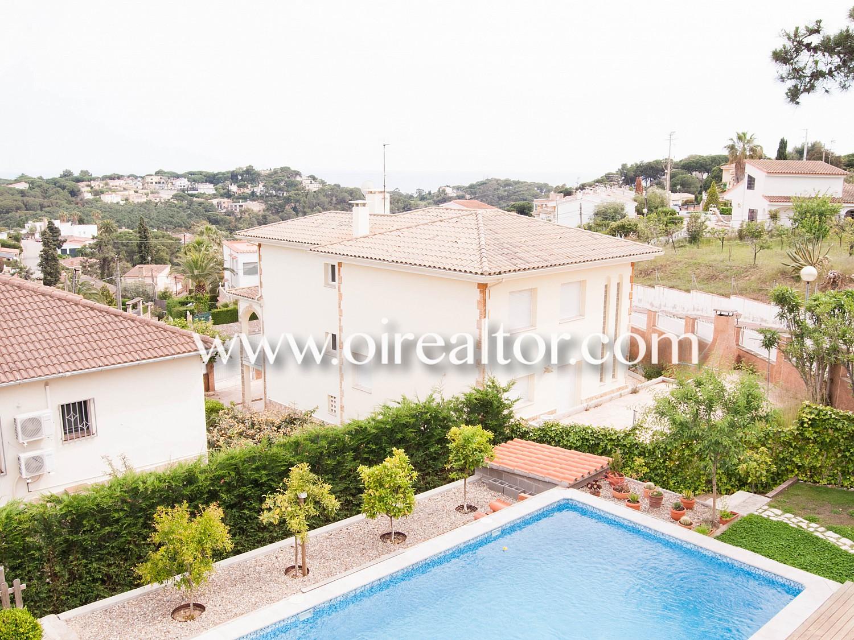 Продается дом в Льорет-де-Мар с видом на море