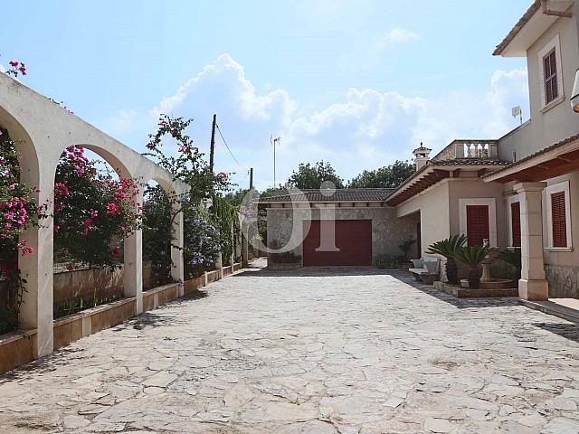 Alrededores de lujosa villa en venta en San Lorenzo, Mallorca