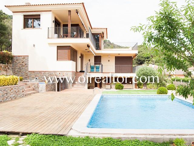 Casa en venda a Lloret de mar amb vistes al mar
