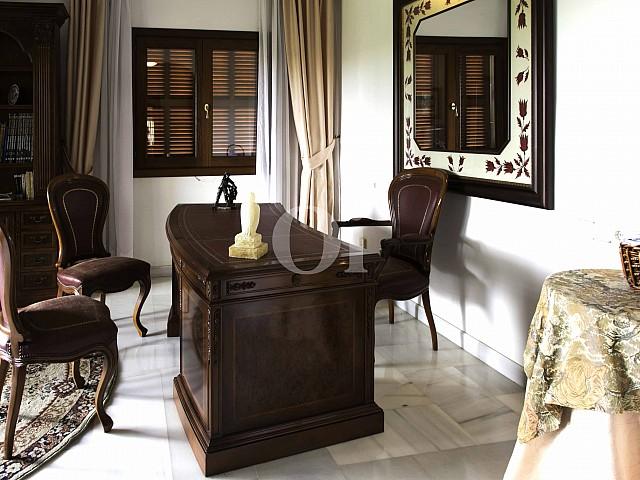 Arbeitszimmer einer luxuriösen Villa zum Verkauf in San Lorenzo, Mallorca