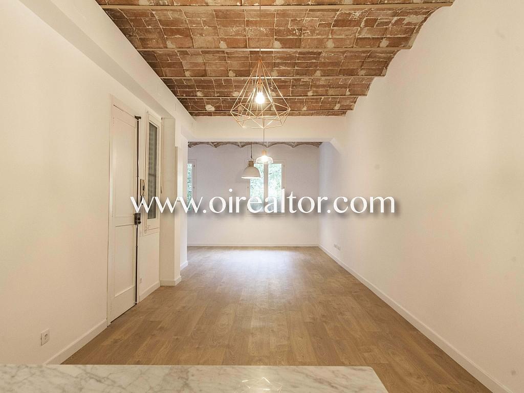 Совершенно новая квартира на продажу в Эшампле Изкиердо