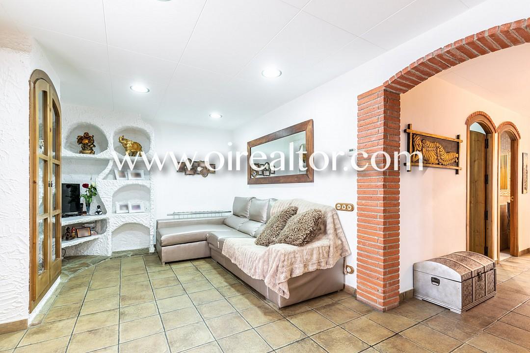 Продается квартира Матаро