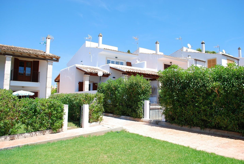 Alrededores de chalet en venta en zona residencial junto a cala Mendia, Mallorca