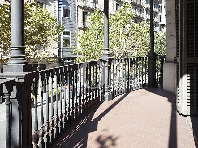 Elegante Wohnung zum Verkauf in Barcelona, neben Paseo de Gracia