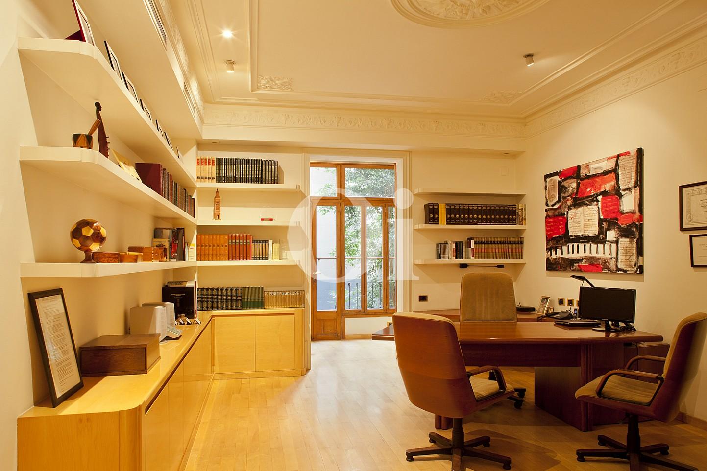 Arbeitszimmer einer Wohnung zum Verkauf im Viertel Eixample Derecho Barcelonas