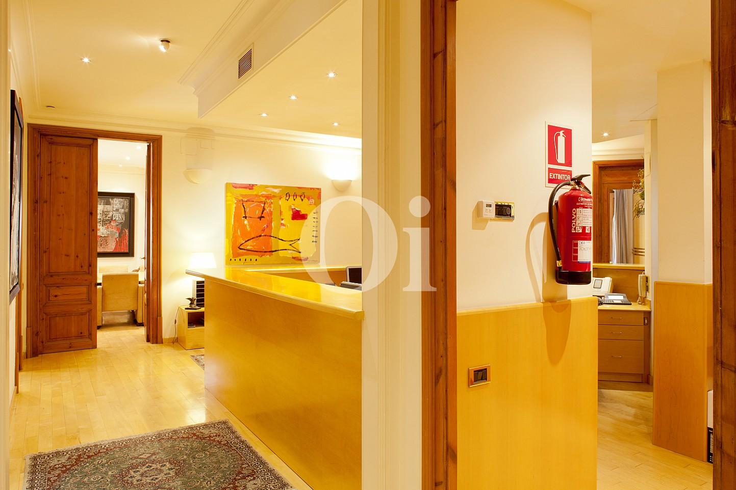Recepció d'un pis en venda al barri Eixample Dreta de Barcelona