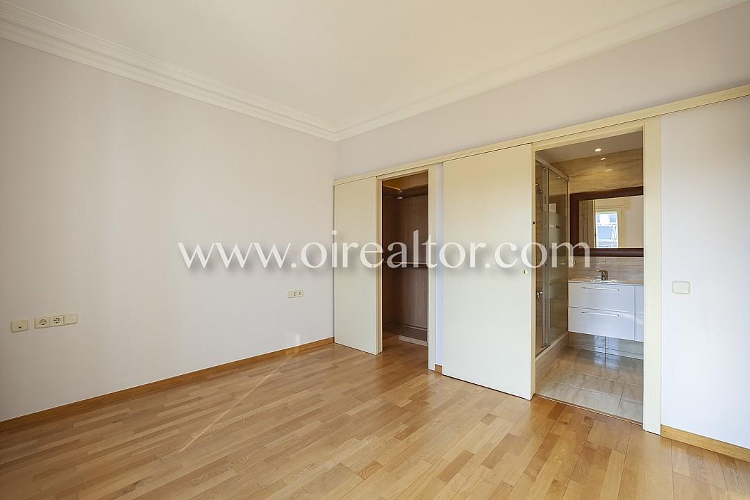 Продается квартира в левом Эшампле, Барселона