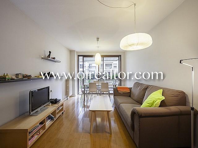 公寓出售与游泳池在广场de Lesseps,格拉西亚,巴塞罗那
