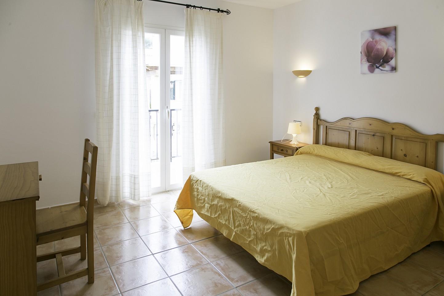 Dormitorio de bonita casa en venta en Urb. Villas de Cala Romántica en Mallorca