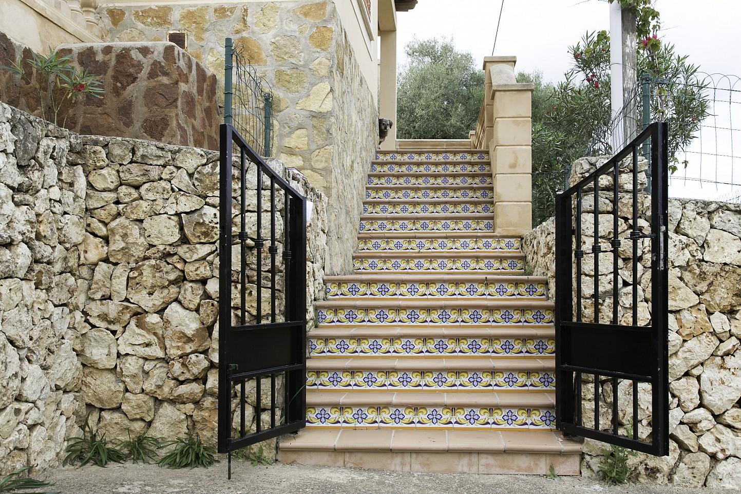 Treppen eines Hauses zum Verkauf in Villas de Cala Romántica, Mallorca