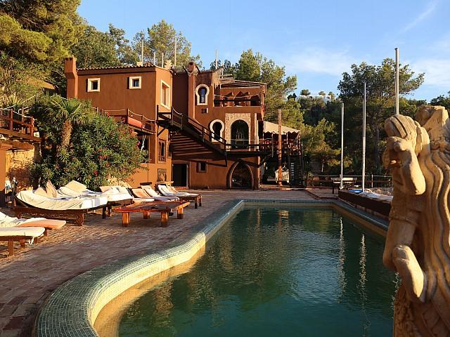 Villa única de lujo en alquiler en Portixol, Ibiza