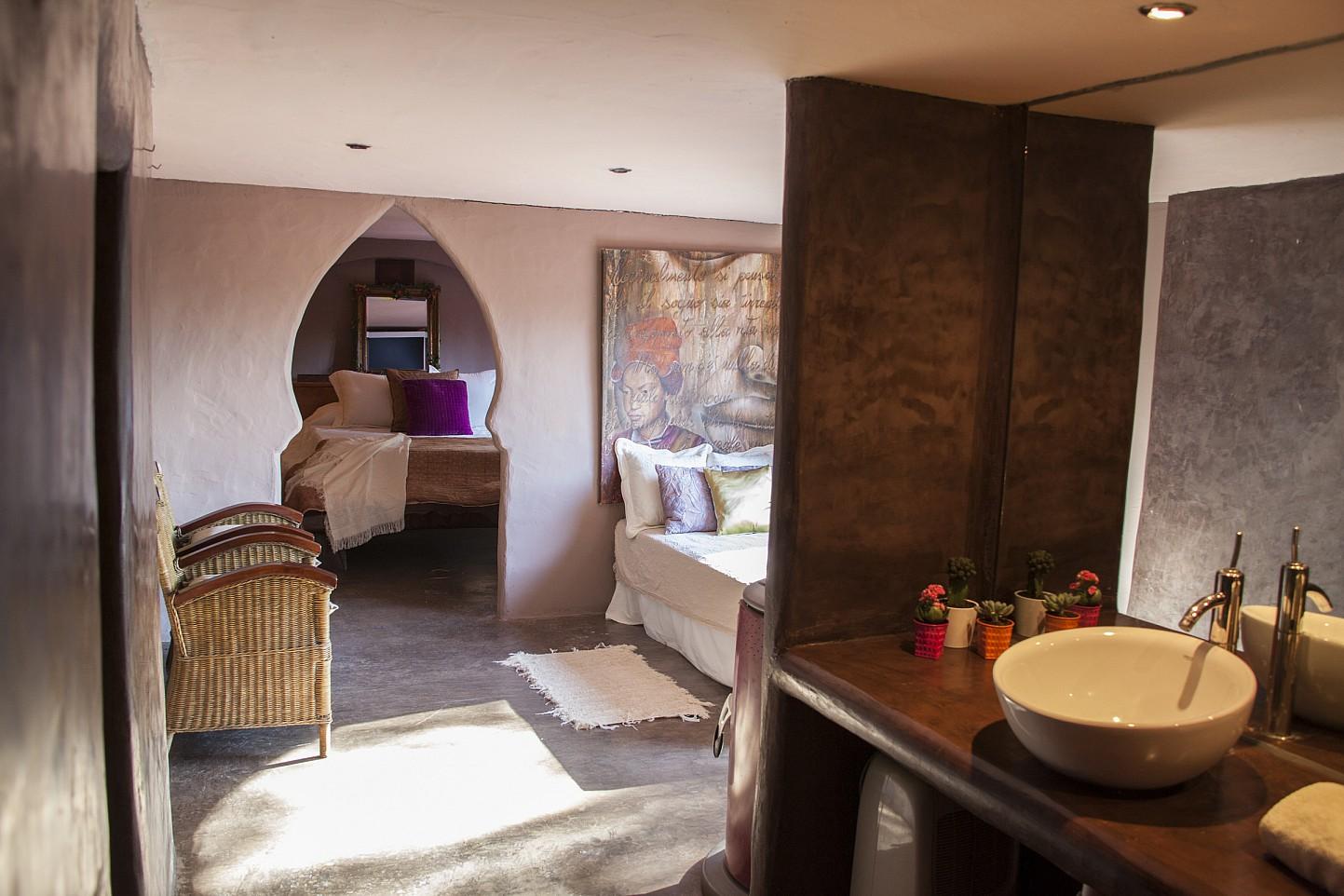 Vistas interiores de villa única de lujo en alquiler en Portixol, Ibiza