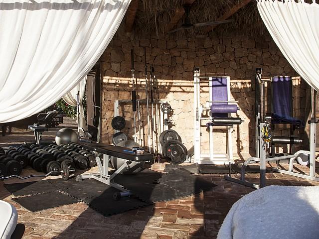 Gimnàs d'una villa única de luxe en lloguer a Portixol, Eivissa