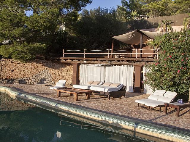 Terrasse mit Swimming-Pool