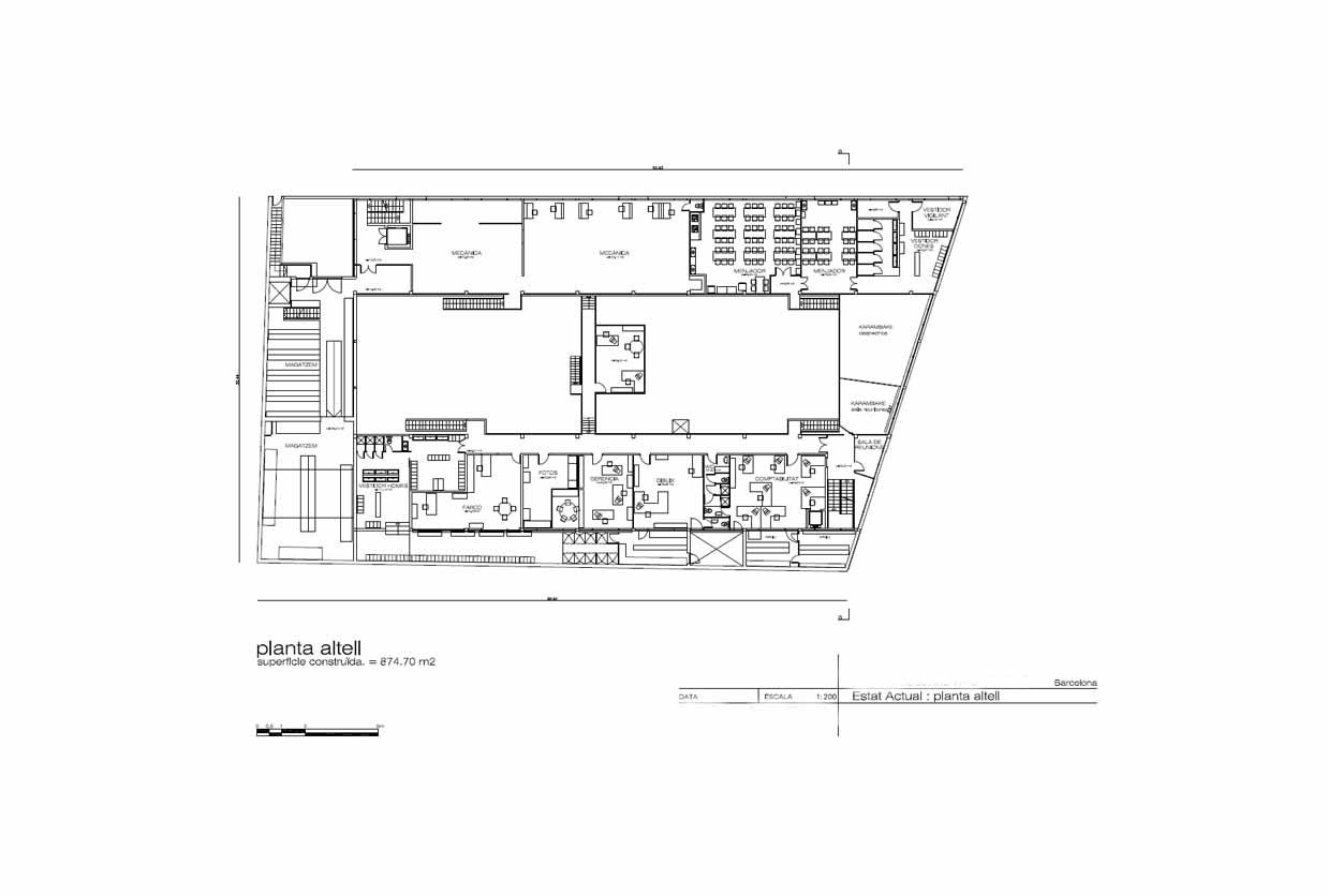 Plano de edificio industrial con posibilidad de construir un Hostal o similar en venta en Barcelona