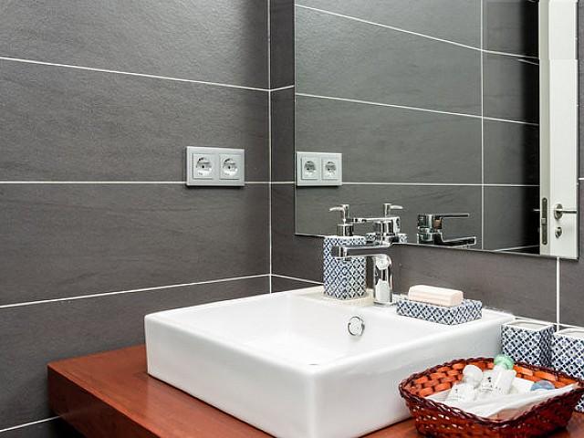 Ванная комната квартиры в аренду на Барселонете