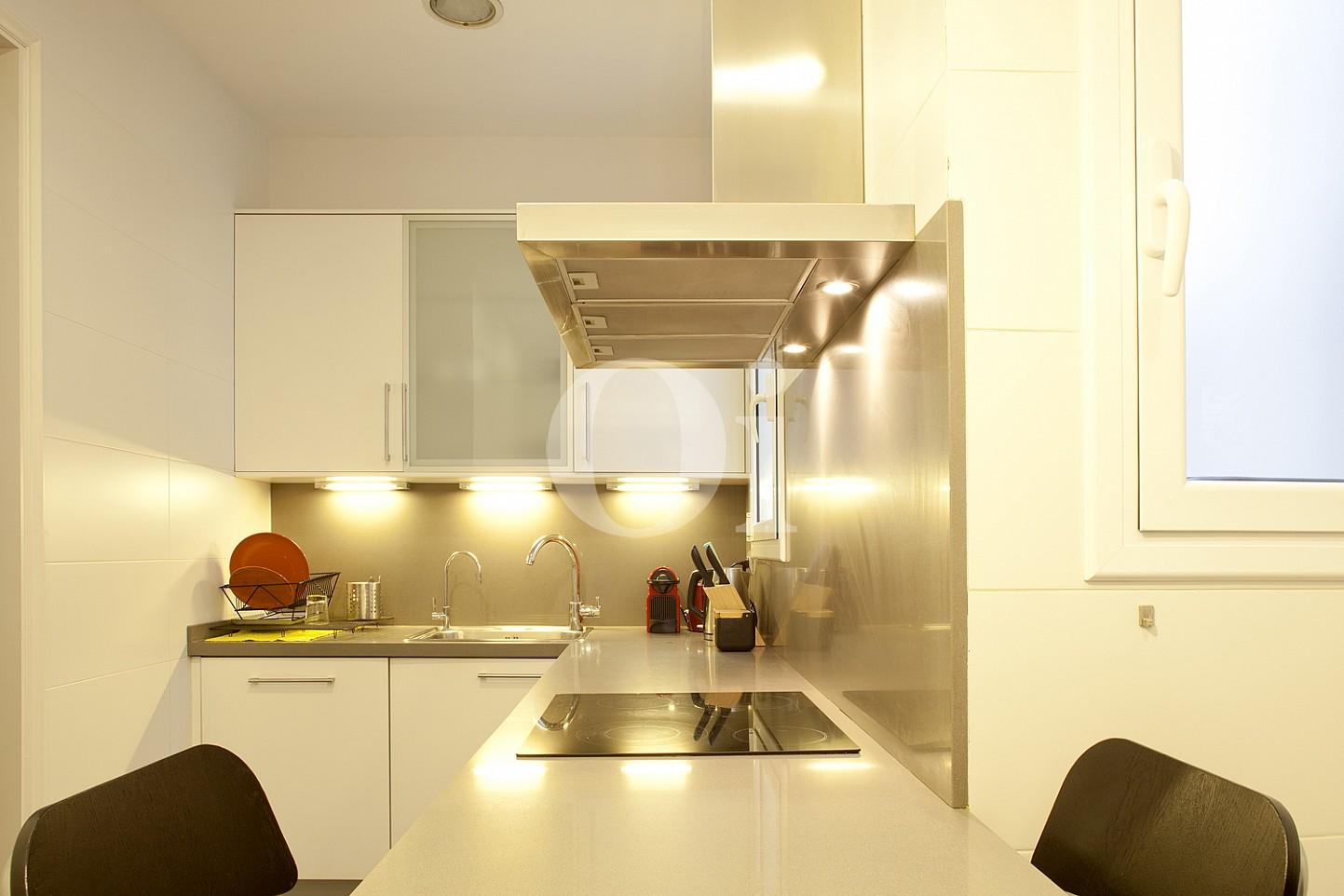 Cocina de maravilloso piso en venta en el corazón del Eixample, Barcelona