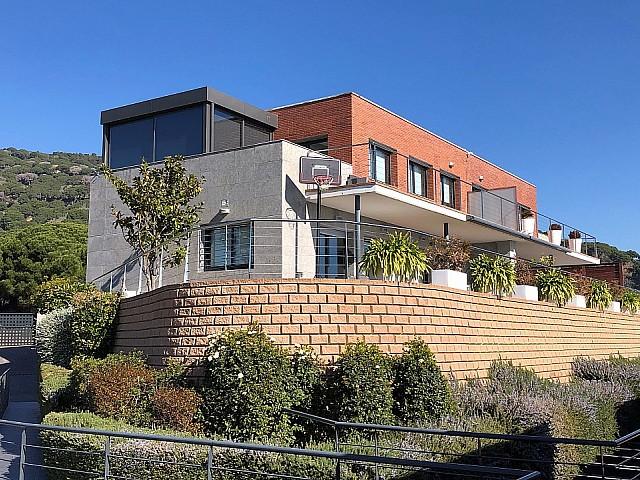 منزل للبيع في Parc San Berger ، تيا