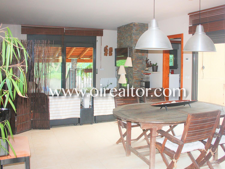 Продается уютный дом в урбанизации Кальдес-де-Малавелья