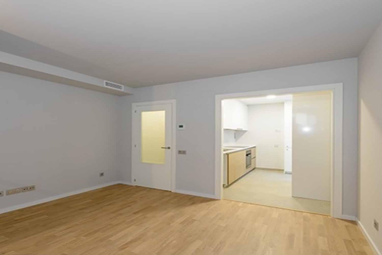 Dormitori d'un dúplex de nova promoció en venda al barri de Gràcia, Barcelona