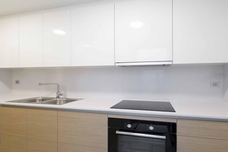 Cocina de estupendo piso en venta en Gracia, Barcelona