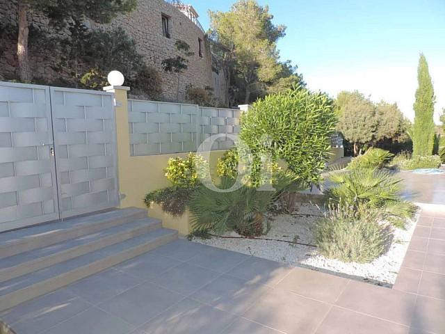 Alrededores de impresionante villa en venta en Can Furnet, Ibiza