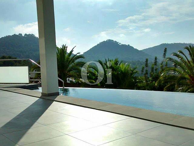 Vistas de impresionante villa en venta en Can Furnet, Ibiza