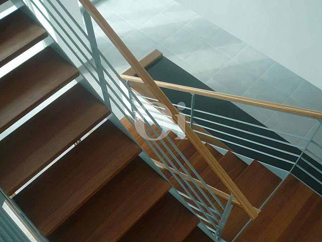 Treppen zum oberen Stock einer Villa zum Verkauf in Can Furnet, Ibiza