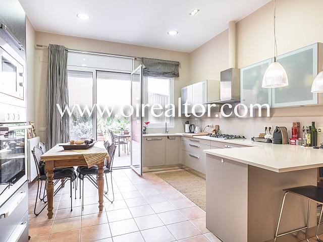 Casa à venda em Badalona, Maresme