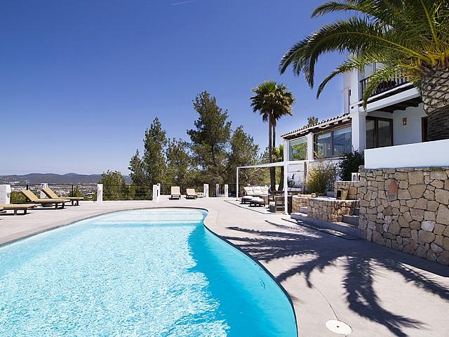 Reizende Villa im ibizenkischen Stil zur Vermietung in San Agustin, Ibiza