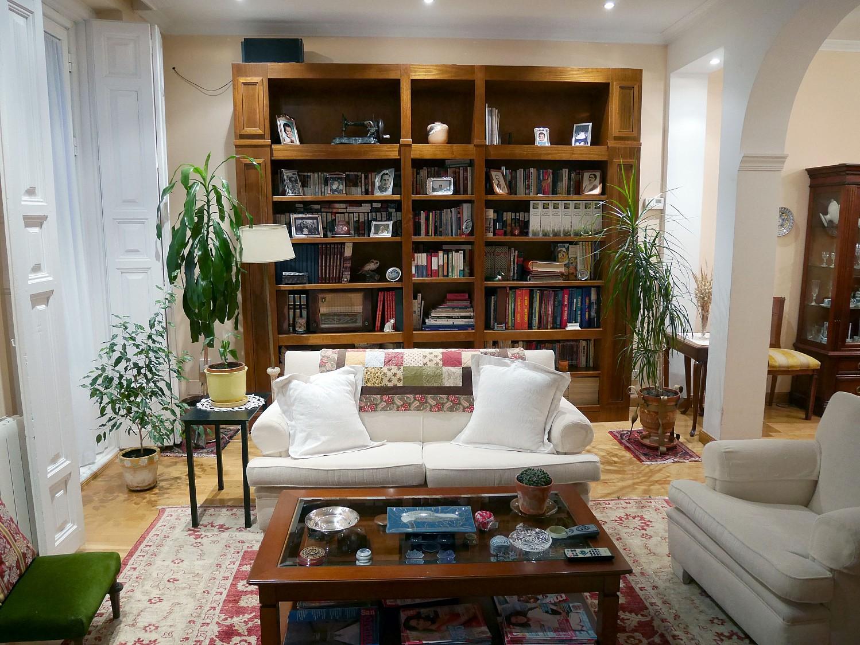 Продается квартира в Юстиция-Чуэка, Барселона.