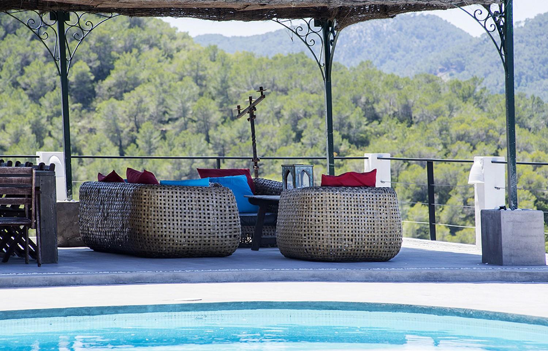 Porxo amb vistes  d'una vila d'estil eivissenc en lloguer a Sant Agustí, Eivissa