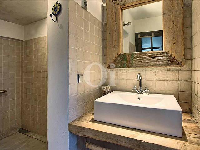 Ванная комната виллы на продажу на Ибице