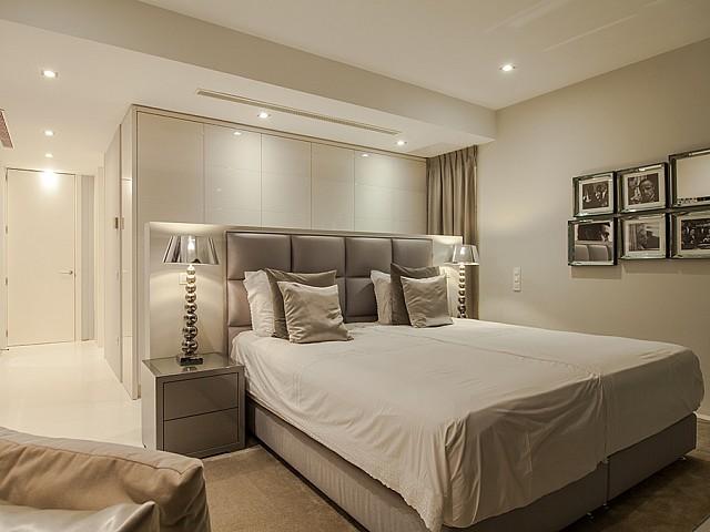 Dormitori 4 d'una impressionant vila de luxe en lloguer a Es Cubells, Eivissa