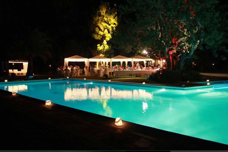 Шикарный бассейн поместья на продажу на Ибице