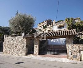 Fantástica casa unifamiliar en venta en Cabrils, Maresme
