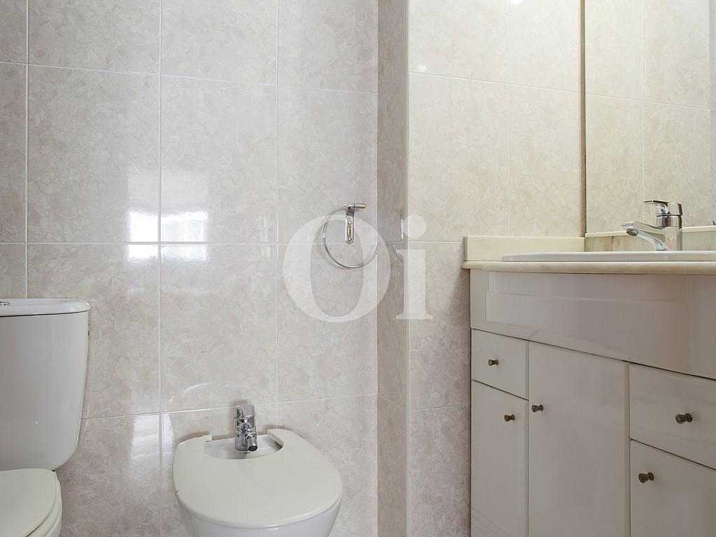 Baño de piso en venta en Poblenou, Barcelona