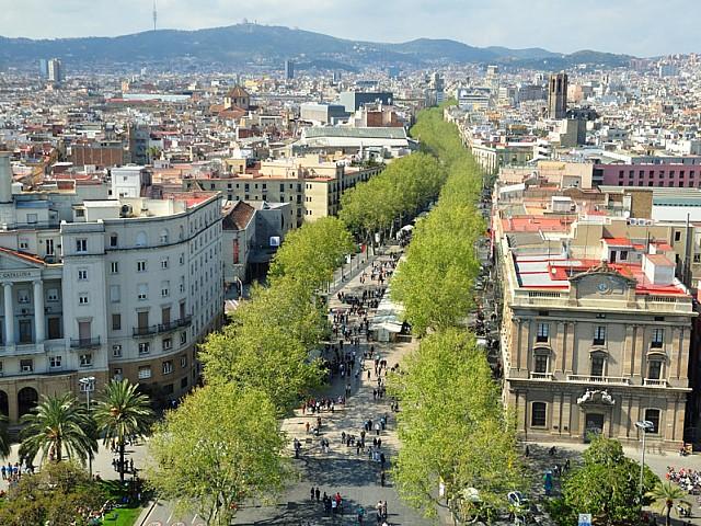 Alrededores de edificio rehabilitado en venta en Ciutat Vella, Barcelona
