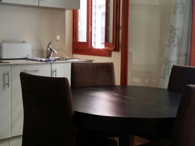 Kitchen in building for sale in Barceloneta