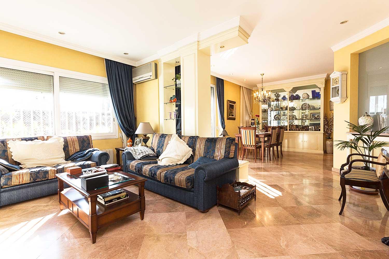 Sala de estar de ático en venta en Roger de Lluria, Barcelona